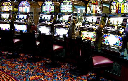 Играть на деньги казино рулетка